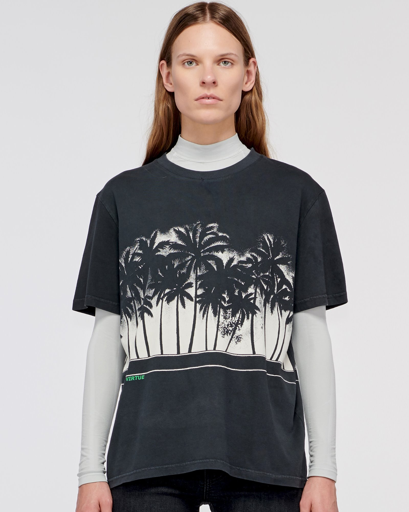 """WINDSOR"" PALMS TEE OFF BLACK"