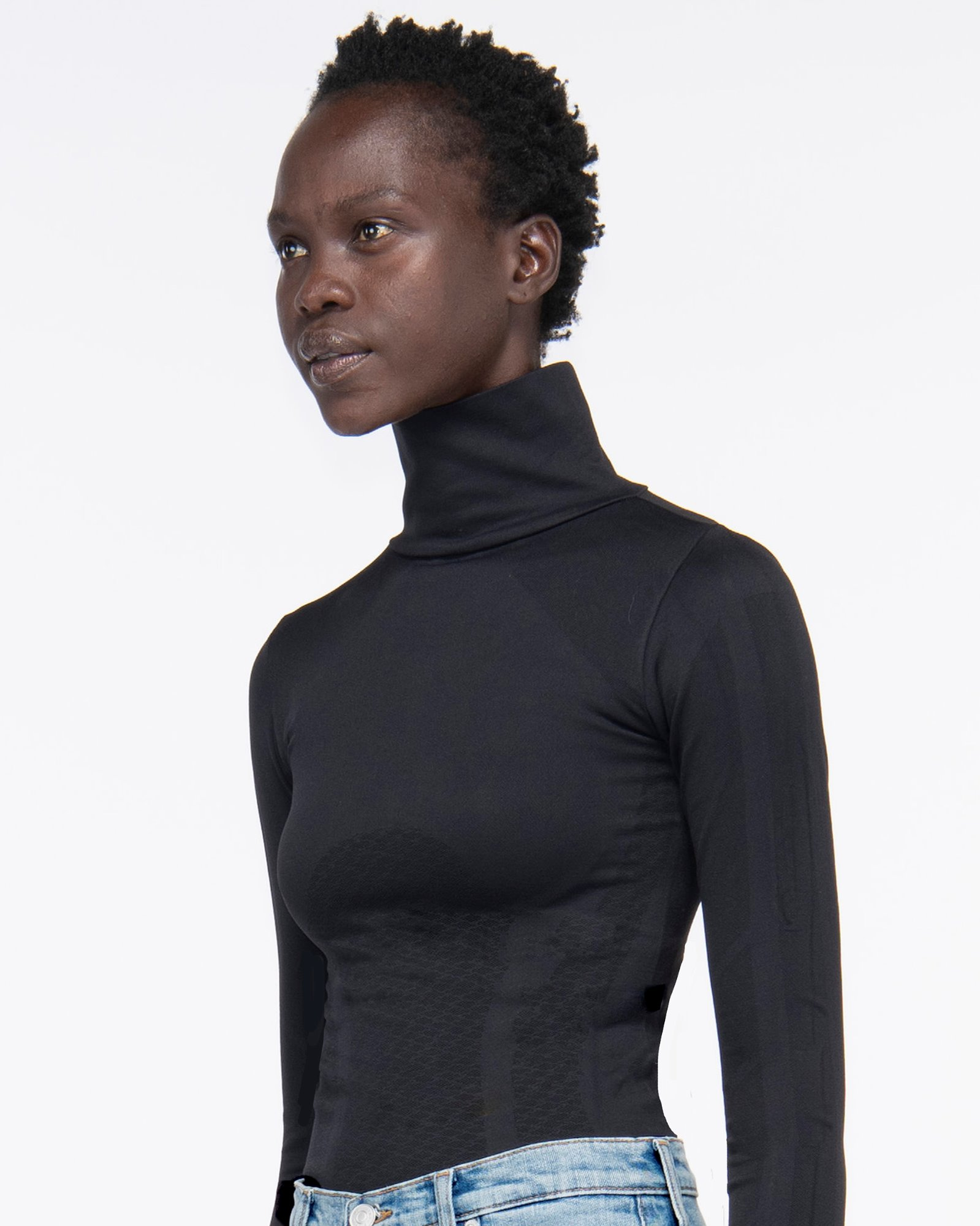 """BEL AIR"" SEAMLESS TURTLE NECK BLACK"