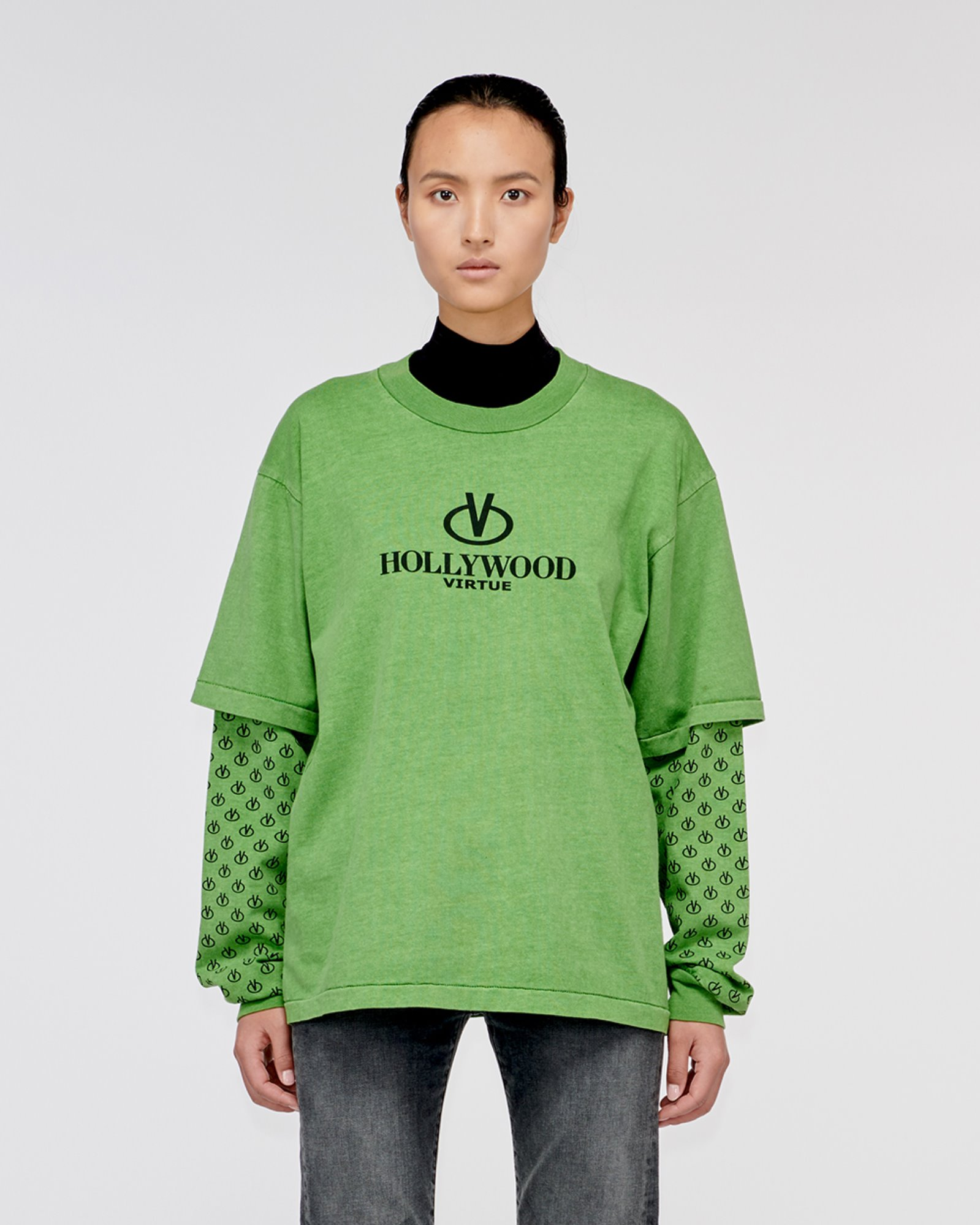 """HOLLYWOOD"" LAYERED LONG TEE GREEN"