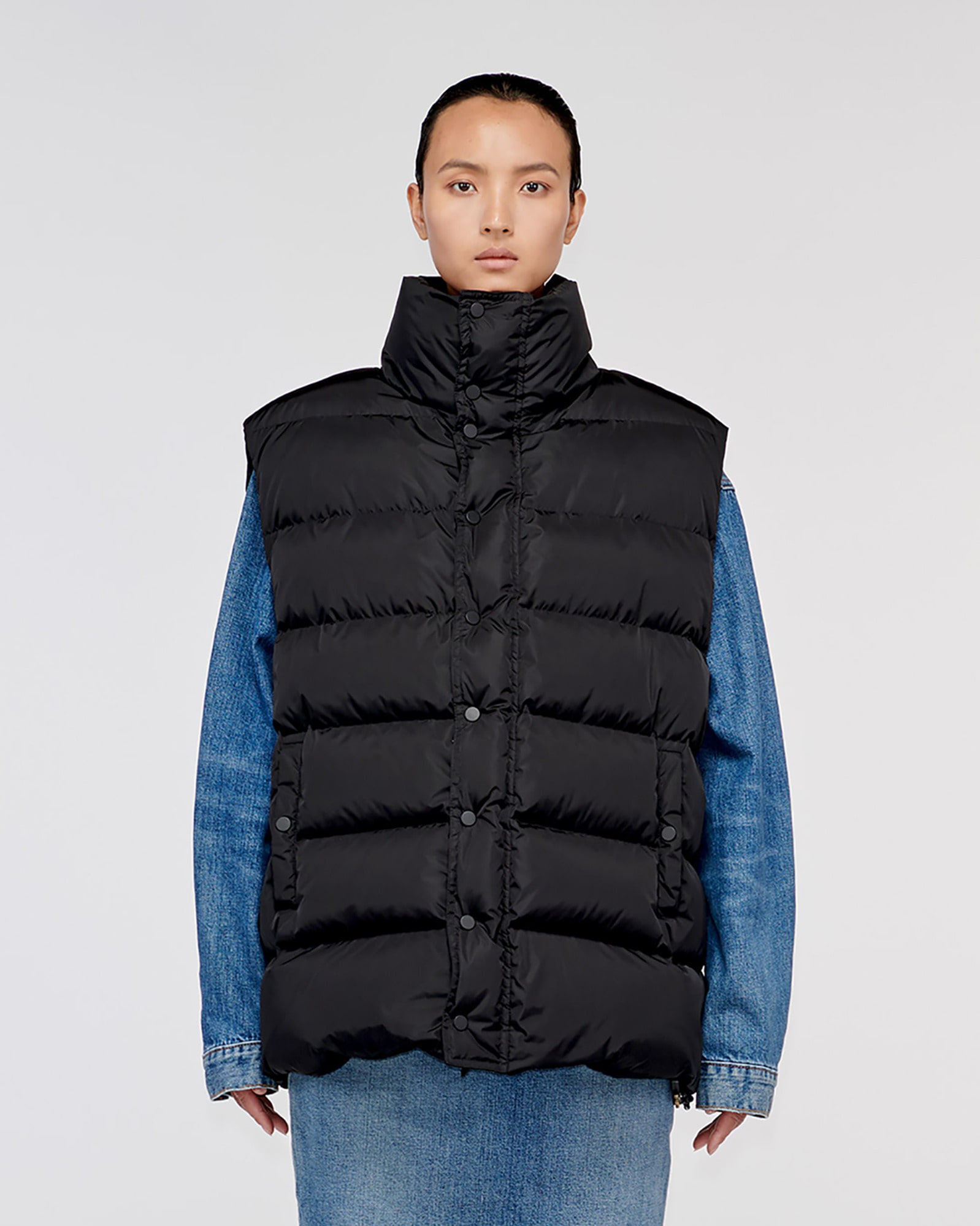 """CORRAL"" OVERSIZED DOWN VEST BLACK SHINY"